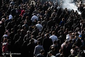 پیاده روی جاماندگان اربعین حسینی در تهران