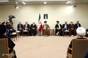 دیدار جمعی از مسئولان و فعالان فرهنگی از استانهای آذربایجانشرقی و قم با رهبر معظم انقلاب