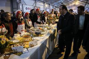 چهارمین جشنواره غذا و سفره های رنگین
