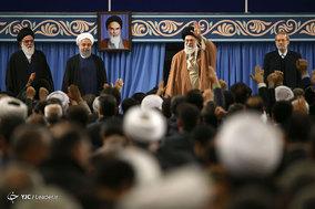 دیدار مسئولان نظام، مهمانان کنفرانس وحدت اسلامی و سفرای کشورهای اسلامی با مقام معظم رهبری