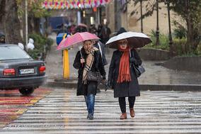 بارش باران پاییزی در همدان
