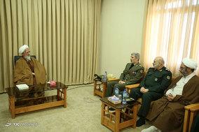سفر وزیر دفاع و پشتیبانی به قم و دیدار با علما