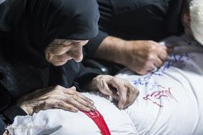 تشییع پیکر شهدای دفاع مقدس در اصفهان