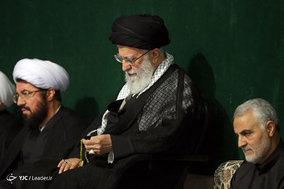 مراسم عزاداری شب عاشورای حسینی(ع) با حضور رهبر معظم انقلاب