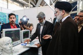 بازدید حجت الاسلام ابراهیم رییسی از نمایشگاه تخصصی شرکتهای دانش بنیان