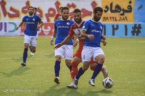 دیدار تیم های فوتبال نساجی مازندران و استقلال خوزستان