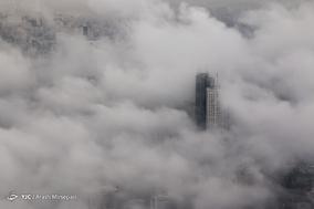 تهران از فراز ابرها