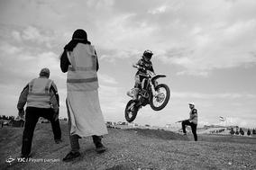 مسابقات موتور کراس بانوان