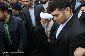 حضور آیت الله احمد جنتی دبیر شورای نگهبان در جشن ۲۲ بهمن چهل سالگی
