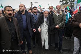 حضور آیت الله ابراهیم امینی عضو مجلس خبرگان رهبری در جشن ۲۲ بهمن چهل سالگی شهر مقدس قم
