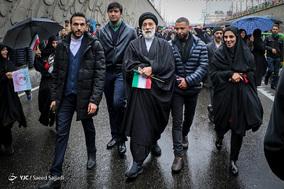 حضور هادی خامنه ای در جشن ۲۲ بهمن چهل سالگی