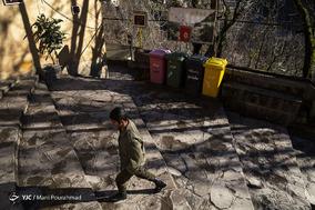 ماسوله هرساله پذیرای مهمانان زیادیست. با اینوجود شهرداری ماسوله در برآورده کردن حداقل امکانات رفاهی برای مسافران هم ناتوان بوده است.  در تمام مناطق این شهر تاریخی _ سیاحتی تنها چند سطل زباله وجود دارد.