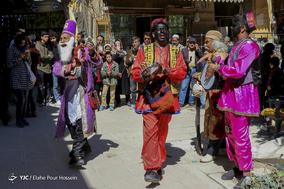 نوای حاجی فیروز در کوچه و محله های شیراز نوید بخش رسیدن بهار