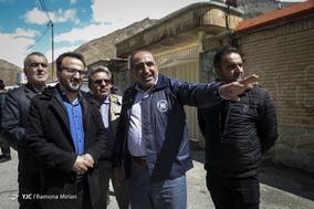 بازدید عیسی فرهادی فرماندار تهران از خسارات سیلاب در سولقان