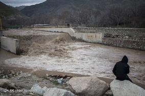 طغیان و خسارات سیلاب در رودخانه کن