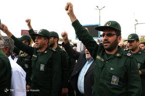 راهپیمایی مردم شیراز در حمایت از سپاه پاسداران
