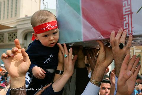 بازگشت پیکر شهید مدافع حرم