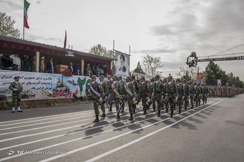 رژه روز ارتش در قزوین