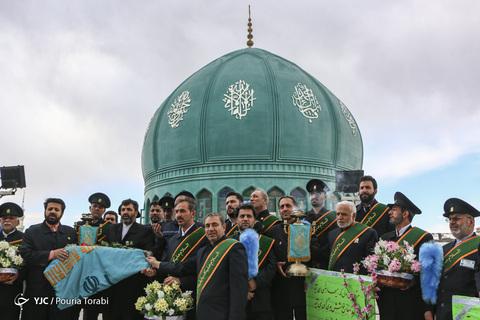 مراسم تعویض پرچم گنبد مسجد مقدس جمکران در آستانه نیمه شعبان، میلاد حضرت امام مهدی(عج)