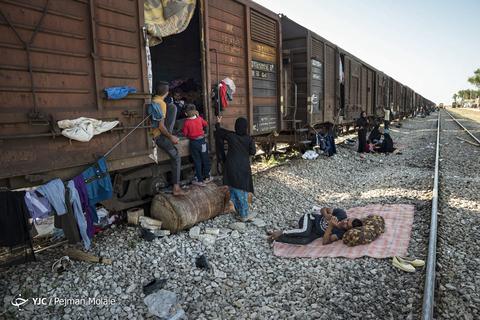 قطار بدون مقصد بامدژ