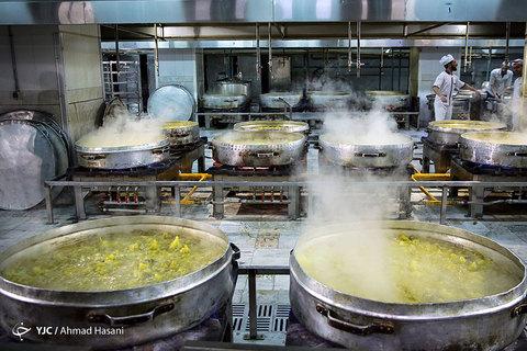 آشپزخانه و مهمانسرای حرم امام رضا (ع) در ماه مبارک رمضان