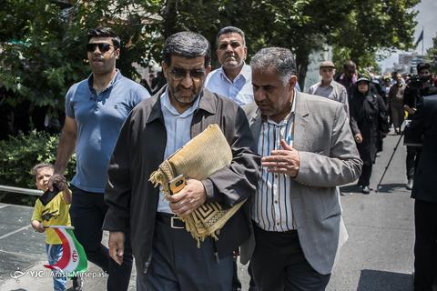 حضور سیدعزتاله ضرغامی عضو مجمع تشخیص مصلحت نظام در راهپیمایی روز جهانی قدس ۹۸ تهران