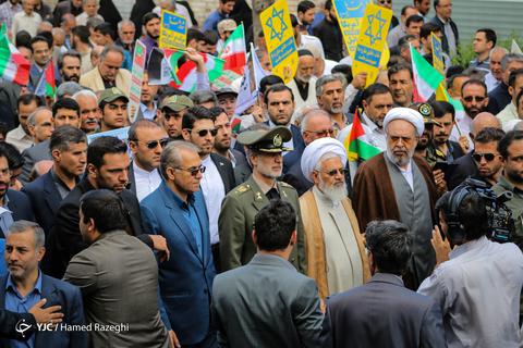 حضور امیرسرتیپ حاتمی وزیر دفاع در راهپیمایی روز جهانی قدس ۹۸ زنجان