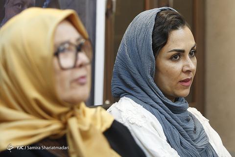 شیوا ابراهیمی بازیگر نقش منیژه در نشست خبری سریال برادرجان