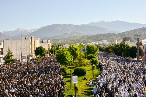 اقامه نماز عیدسعیدفطر در یاسوج