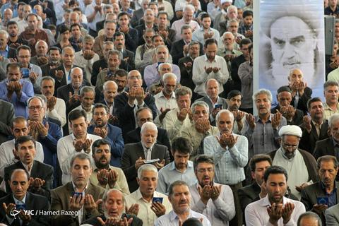 اقامه نماز عیدسعیدفطر در زنجان