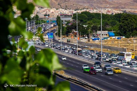 ترافیک سنگین بازگشت مسافران عیدفطر،اتوبان کرج-تهران