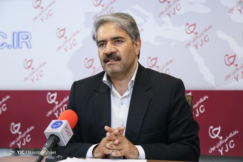بازدید احمدرضا لاهیجان زاده معاون محیط زیست دریایی سازمان حفاظت محیط زیست کشور از باشگاه خبرنگاران
