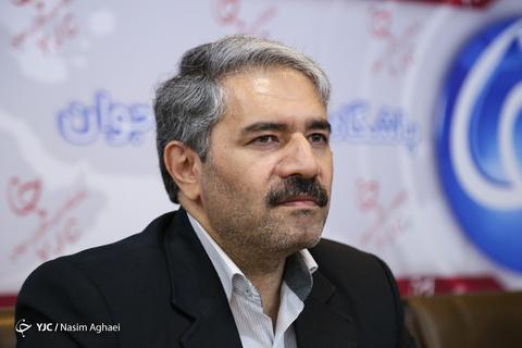 بازدید احمدرضا لاهیجان زاده معاون محیط زیست دریایی از باشگاه خبرنگاران