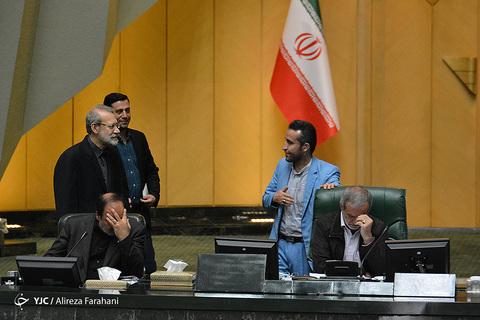 در حاشیه صحن علنی مجلس  ۲۱ خرداد ۹۸
