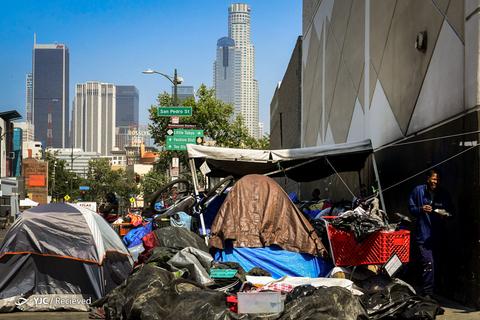 زندگی بیش از نیم میلیون نفر بیخانمان در آمریکا