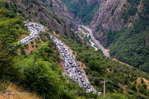 مسافران تعطیلات عید فطر در ترافیک جاده چالوس گرفتار شدند