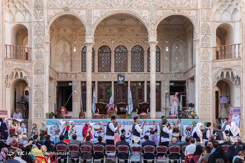 جشنواره ملی گل غلتان در کاشان