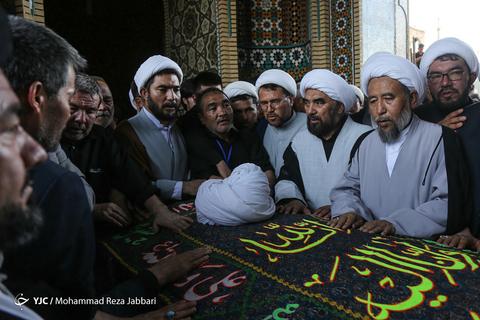 تشییع پیکر آیت الله محقق کابلی در قم