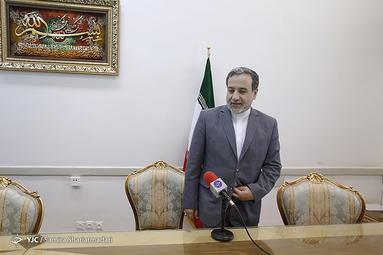 مصاحبه با معاون سیاسی وزیر خارجه ایران