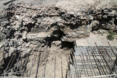 بیرون آمدن آثار تاریخی از دل خاک در تبریز