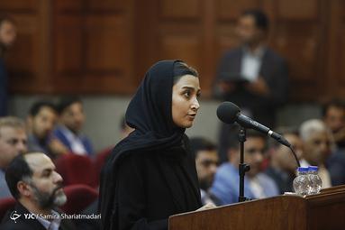 توضیحات معصومه رشیدیان خبرنگار انصاف نیوز در نخستین جلسه دادگاه محاکمه محمدعلی نجفی در پرونده قتل میترا استاد