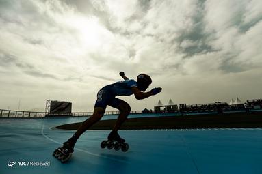 رادک فایکاس سوارکار چک در مسابقات جهانی Roller Games در بارسلونا