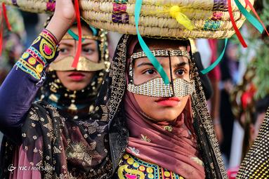 هفتمین جشنواره شکرگزاری انبه و یاسمینگل میناب