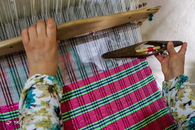 کارچاله نوعی از پارچه بافی سنتی و هنر دست زنان روستای «بالاجاده» از توابع کردکوی استان گلستان است.