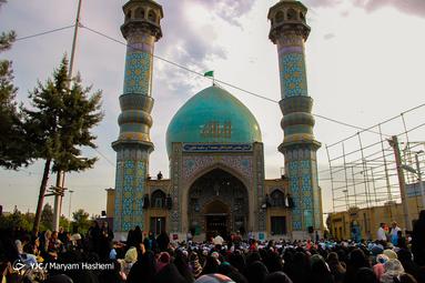 دعای پر فیض عرفه در امامزاده محمد و سکینه خاتون کرج