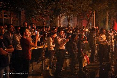 آتشسوزی انبار چوب واقع در میدان توحید مشهد