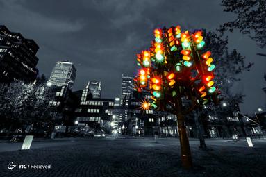 چراغ راهنمای شکل درخت در لندن
