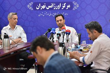 نشست خبری پیمان صابریان رئیس اورژانس تهران صبح امروز به مناسبت روز خبرنگار با حضور اصحاب رسانه برگزار شد.