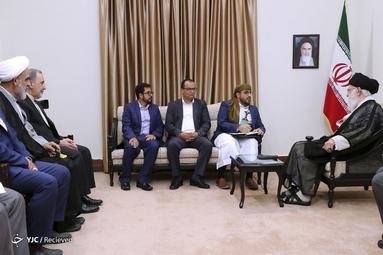 دیدار محمد عبدالسلام سخنگوی جنبش انصارالله یمن با حضرت آیتالله خامنهای رهبر معظم انقلاب اسلامی