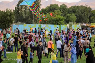 جشنواره بادبادکها در خرمدره زنجان